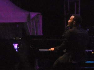 Yes, I was THAT close to John Legend!!